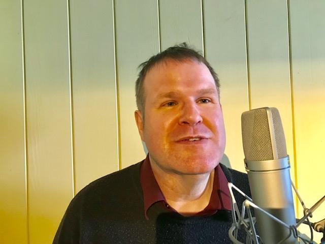 Stephen Bloy Voice over artist