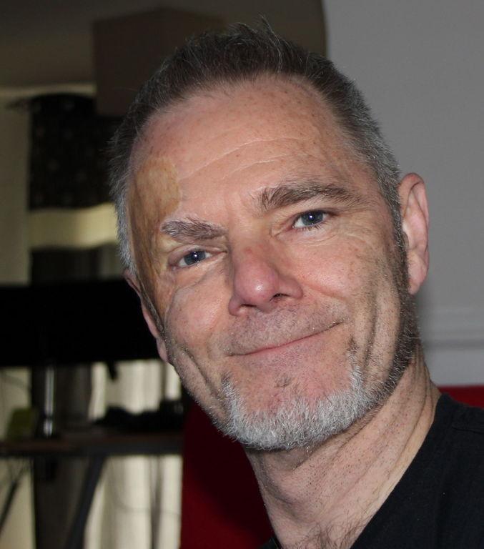 Paul Gilbert Profile Pic