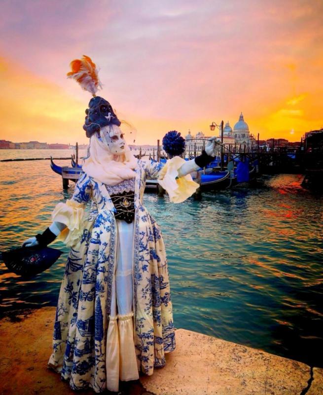 Venice Carnivale Costume