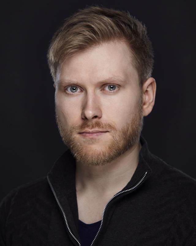 Eirik Knutsvik Headshot 3