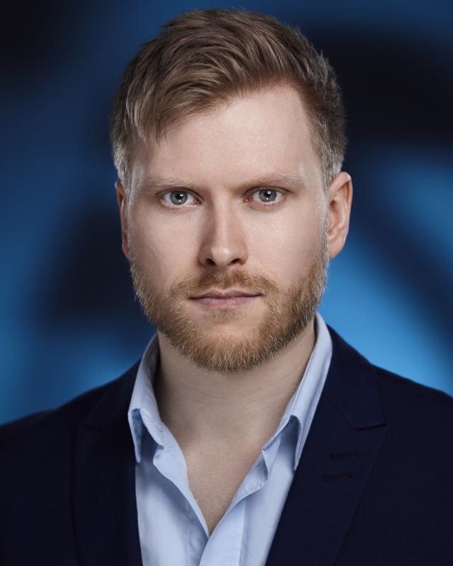 Eirik Knutsvik Professional 1