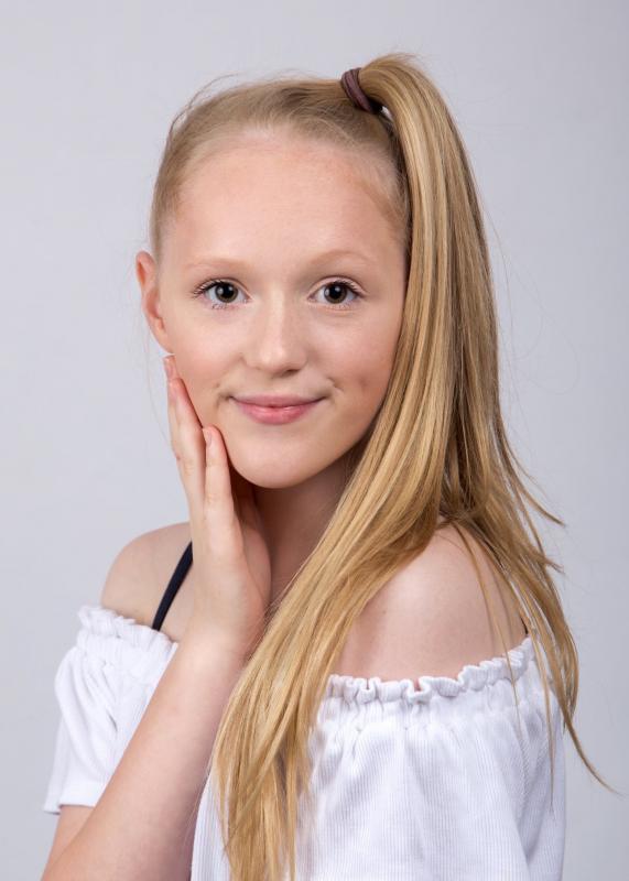 Lydia head shot July 2019