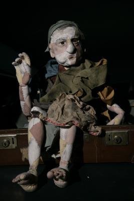 'Aase' rod puppet