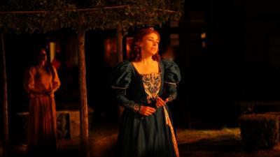 Sara Dee as Queen Anne in 3 Musketeers