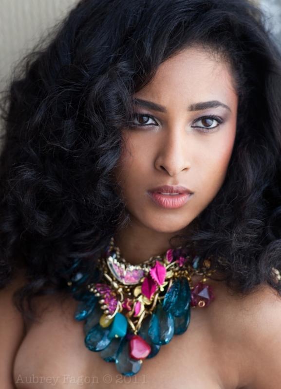 Black Hair Mag