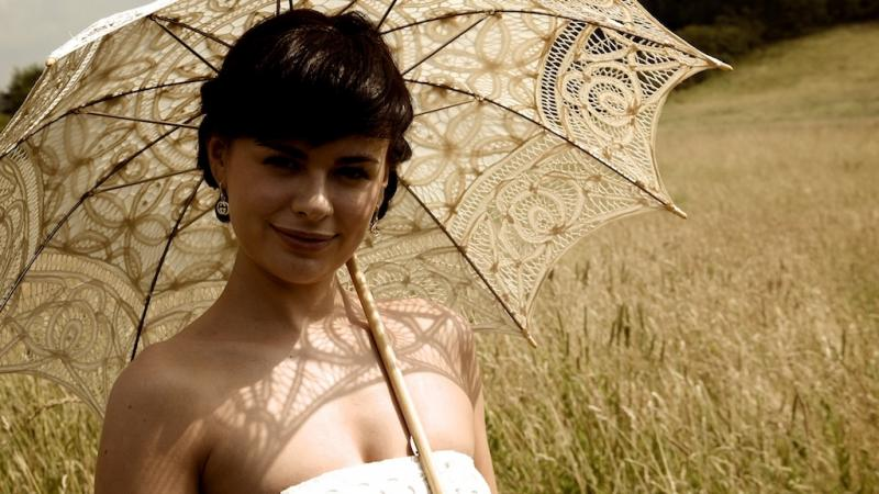 Sophie Allen - Gabrielle Feature 35mm