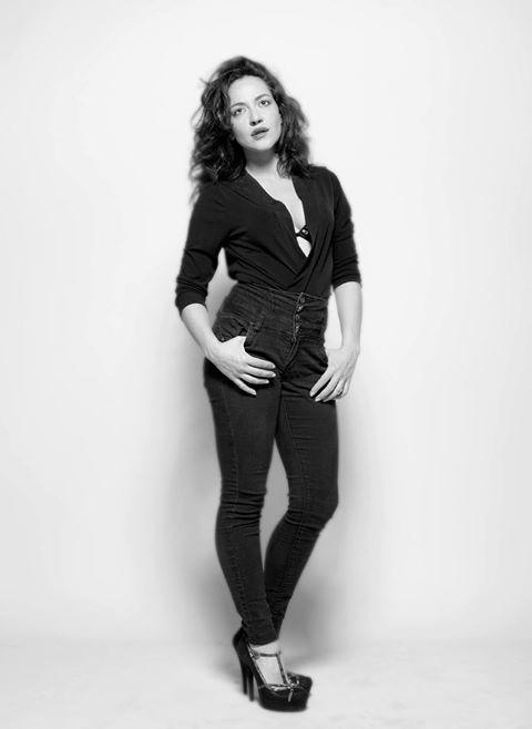 Valentina Oona Leen-full-length