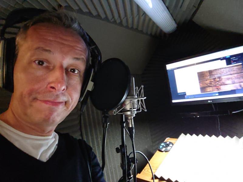 Andy Hodgson in studio