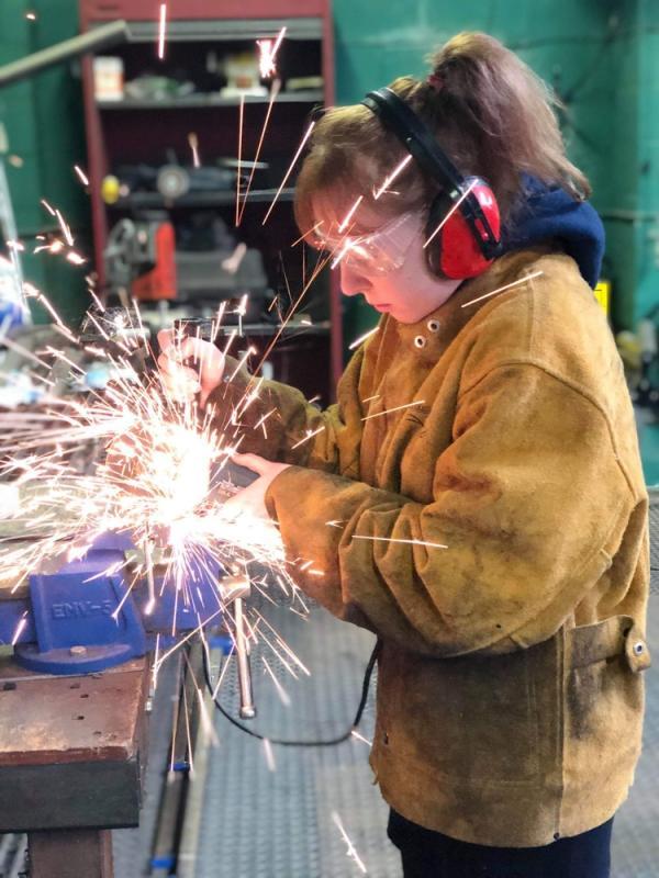 Metal grinding