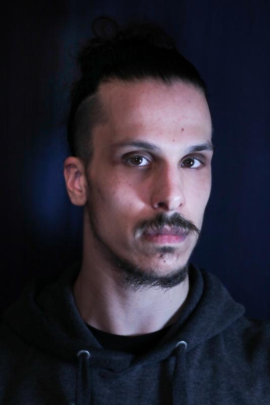 Ren Vieira Headshot