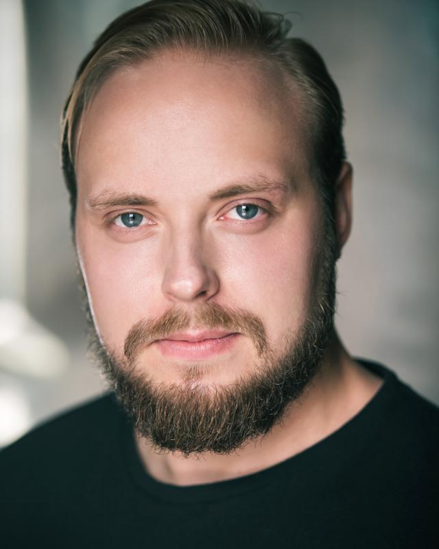 Jussi Ojansivu - Headshot