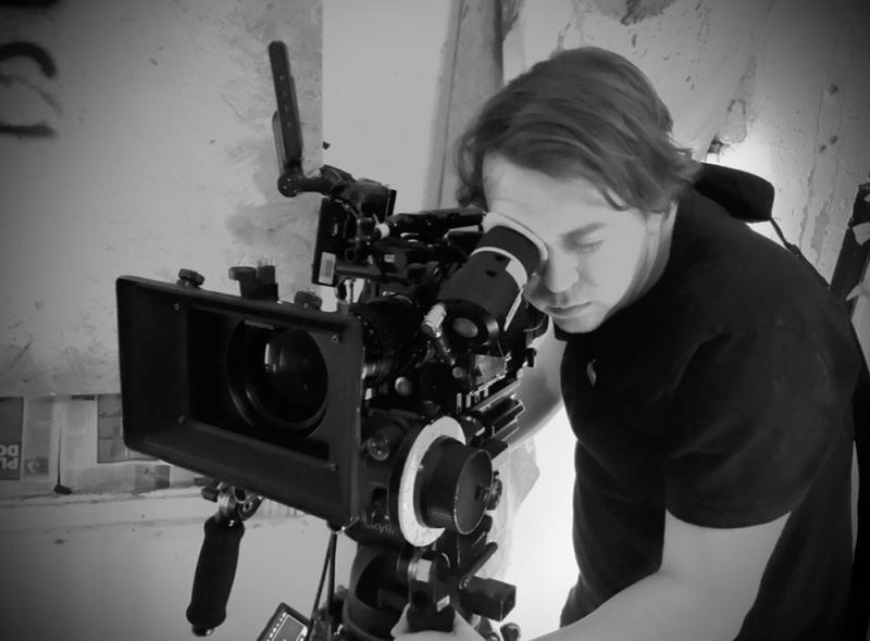 2019 - Operating on Feature Film 'Glamour' (Perry Pictures). Camera/lens: RED Dragon + Angenieux Optimo zoom.