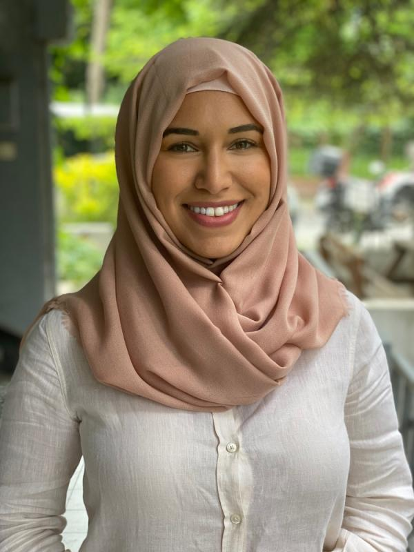 Hijabi in a commercial
