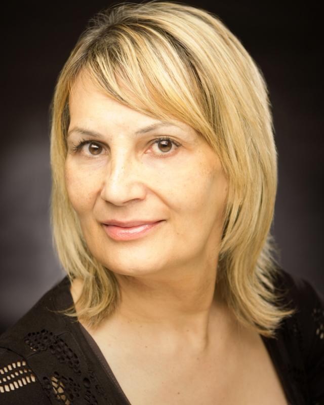 Lara Whittington Headshot