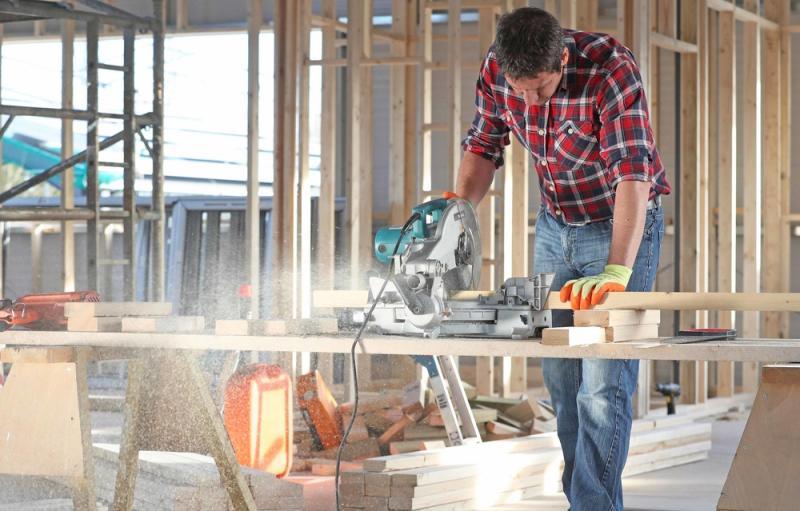 Tony Smith carpenter 2