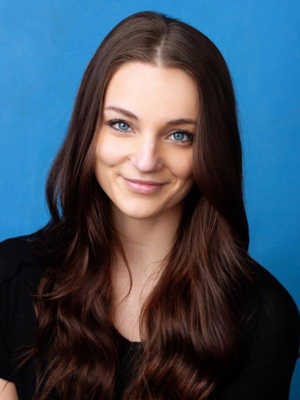 Rachel Petti Headshot