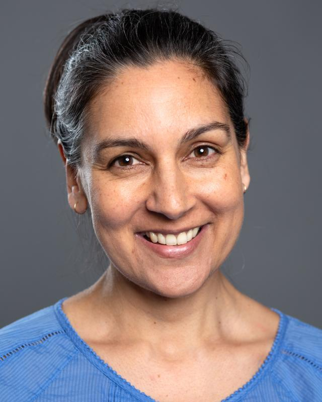 Liz Jadav 2020 Headshot