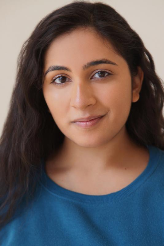 Chaya Gupta Headshot4