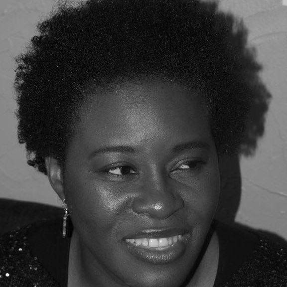 Coco Mbassi live concert Paris