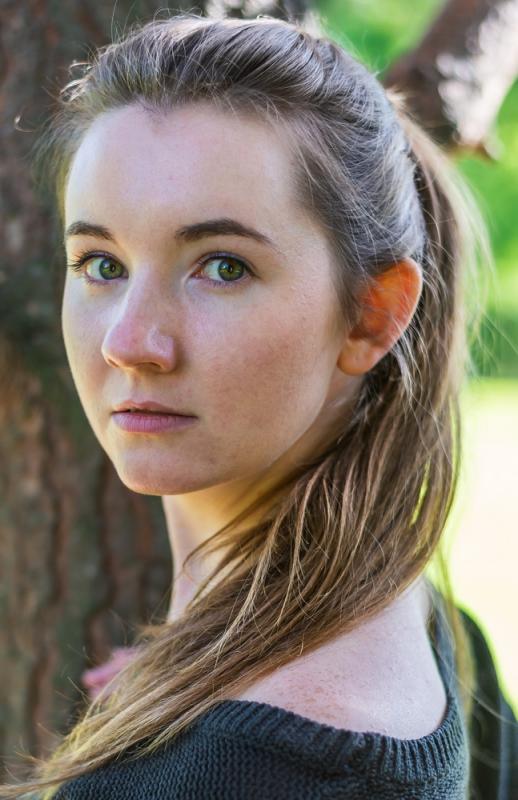 Nell Baker Headshot