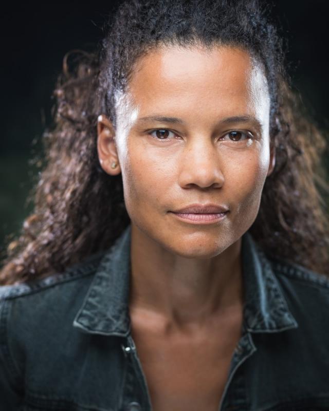 Claire de Boer Headshot