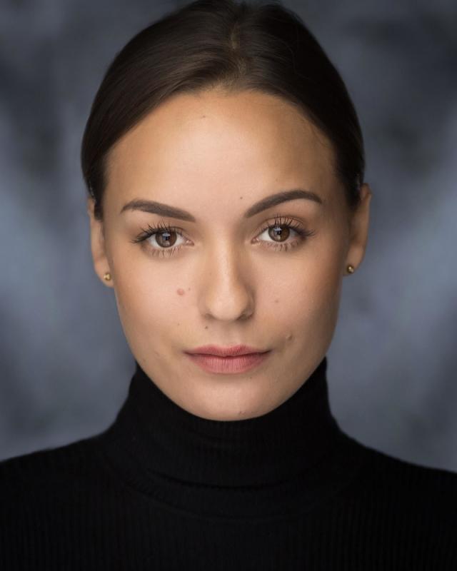 Alana W Headshot