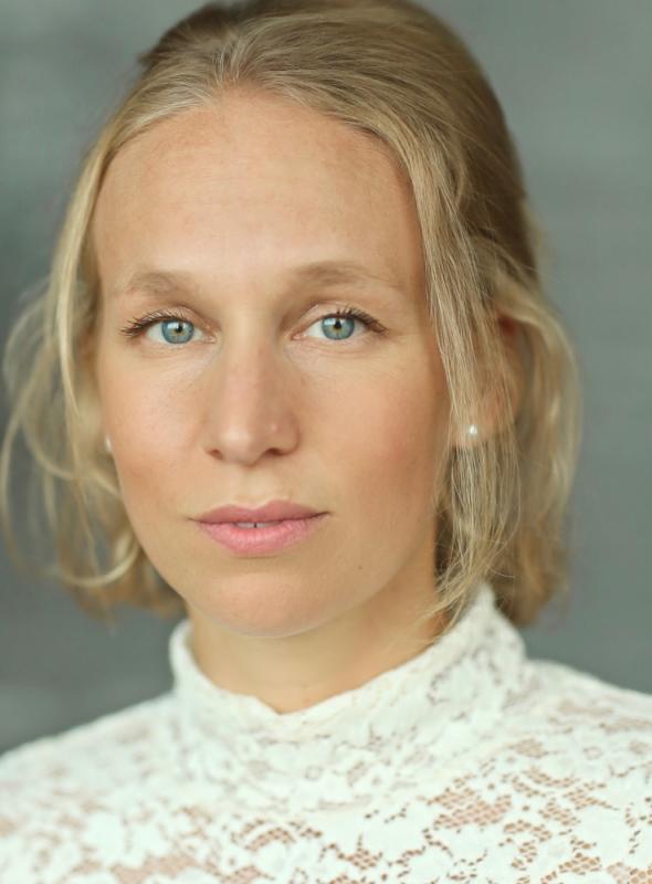 Kate Stirling Headshot 2020