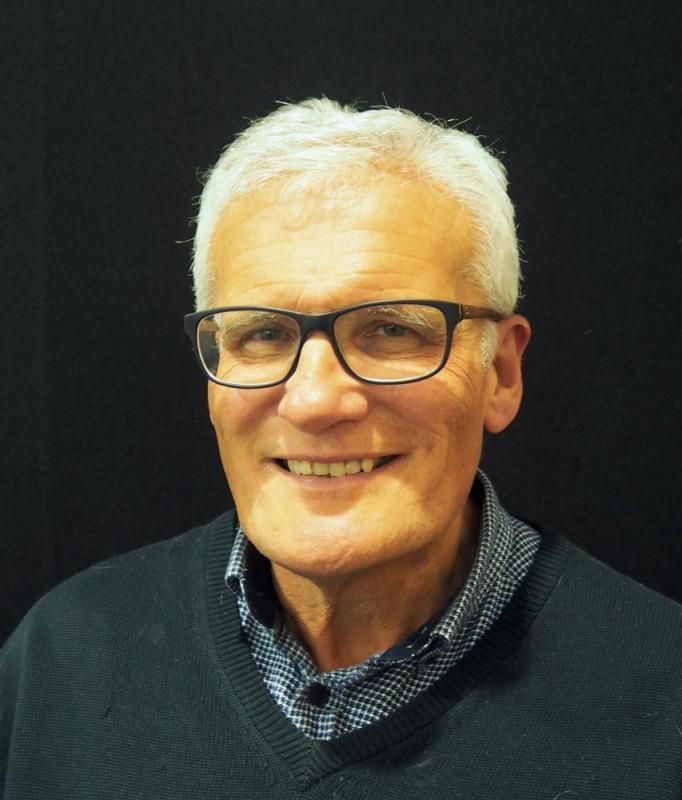 Mr David Luker