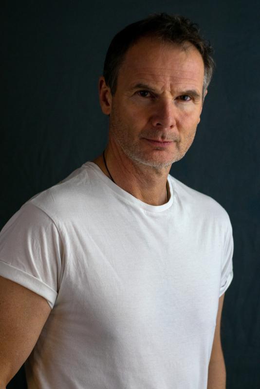 straight white T shirt