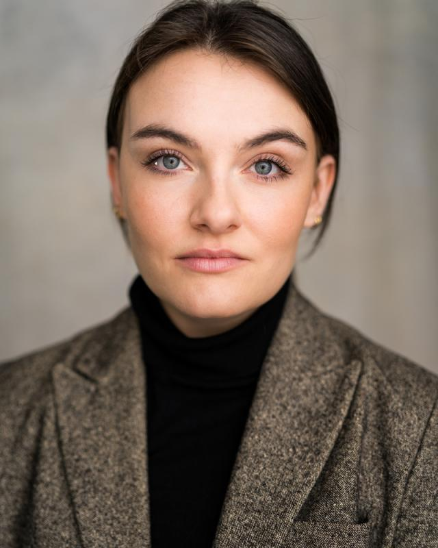 Rhiannon Jones Headshot