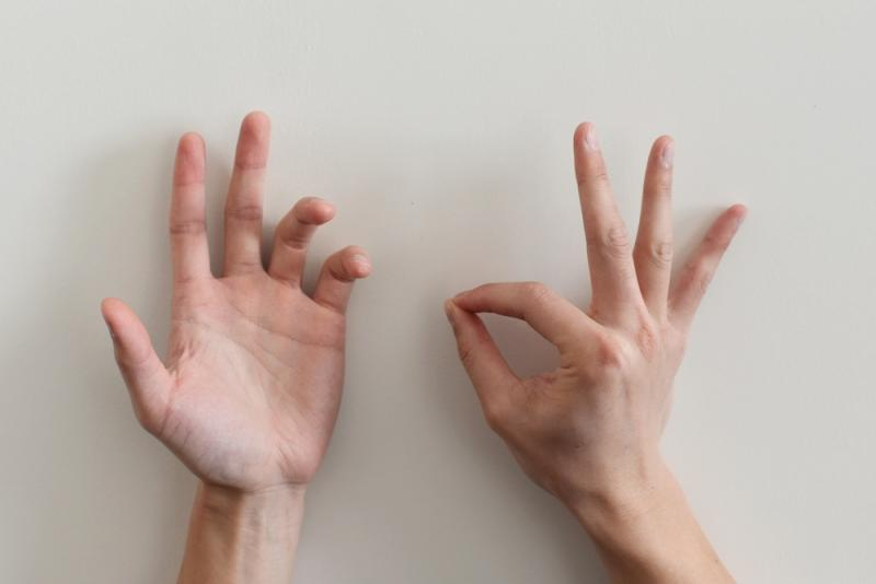 Hands - Gesture 1