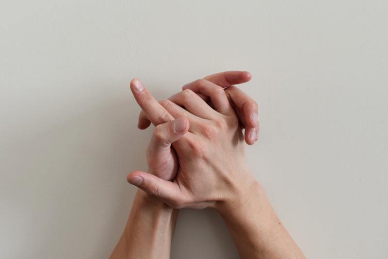 Hands - Gesture 2