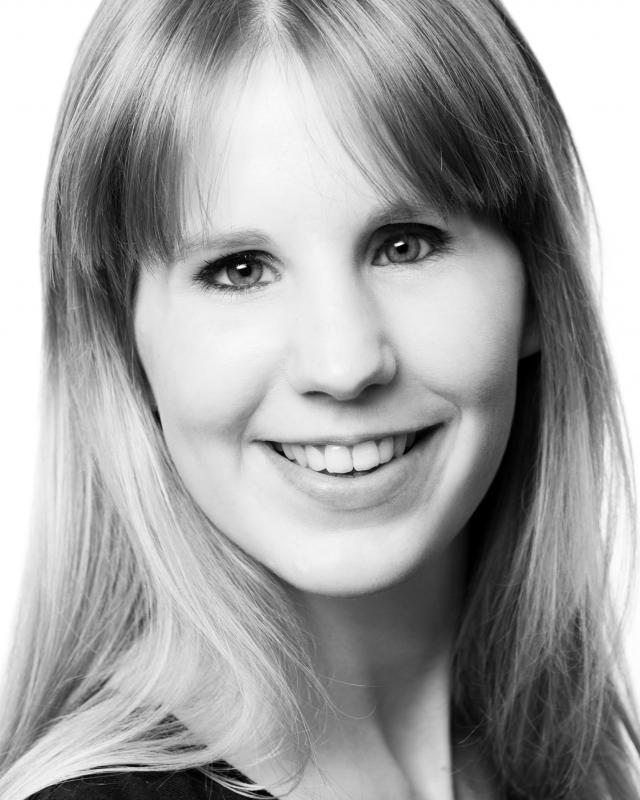Katie Nightingale Headshot