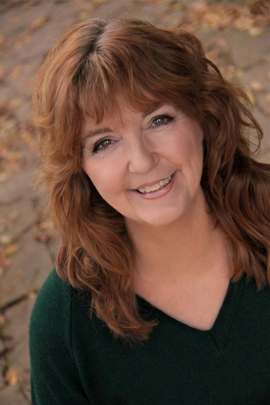 Headshot Anne Kent