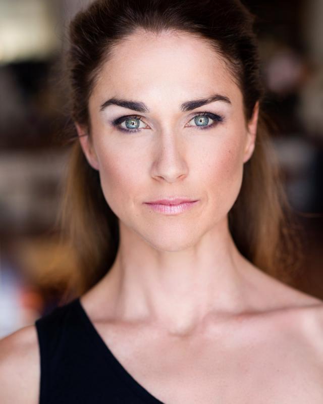 Emily Stewart headshot