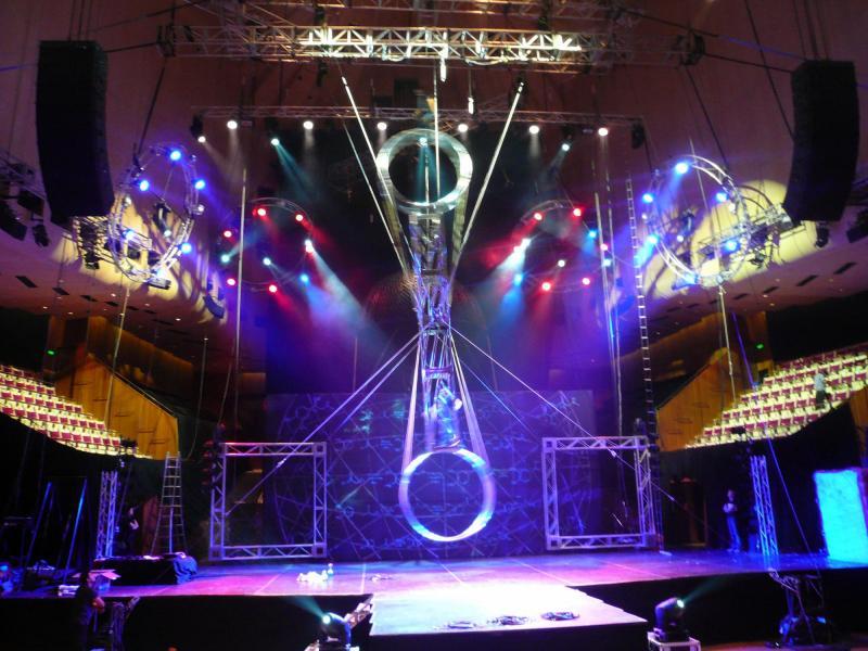 Le Grand Cirque Adrenalin Sydney Opera House 2009
