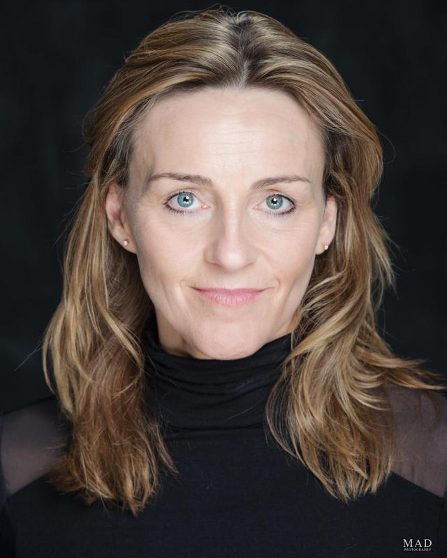 Jo Richards Headshot