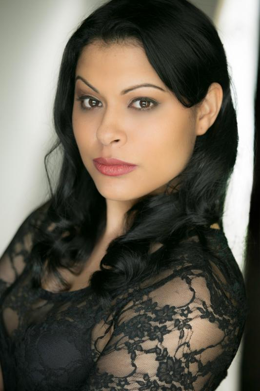 Ariane Barnes, Singer, London