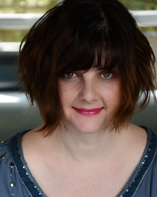 Kate Cottam Headshot 2 2015