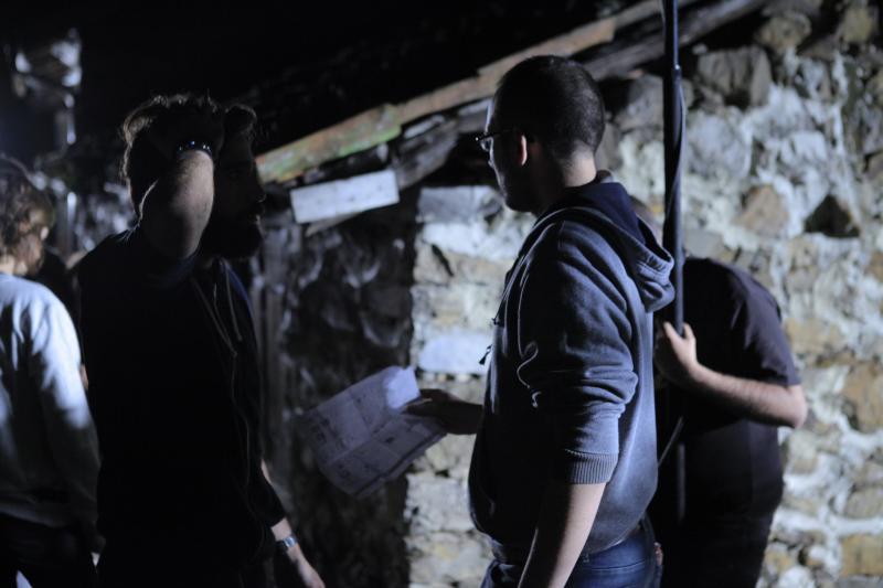 Paul Romero Mendez on the set of Hacia el Oeste 3