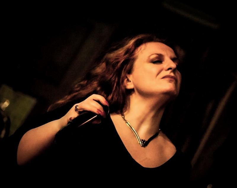 Kerry Jo Hodgkin - Live