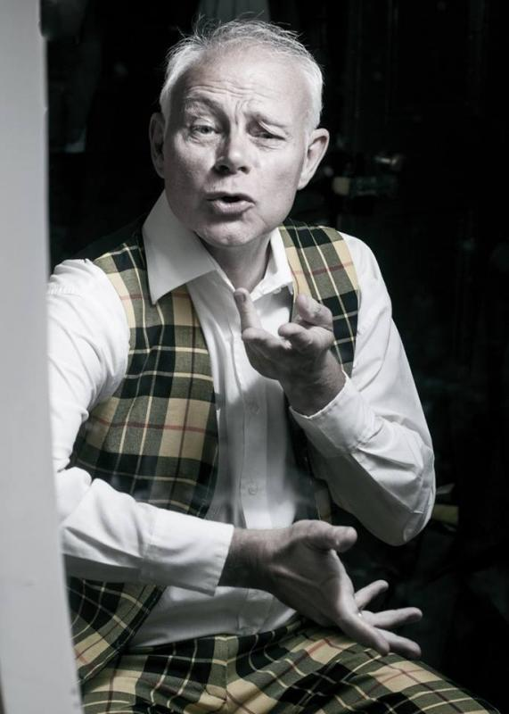 Jeff as LARRY Sincerely Yours at The Landor Theatre