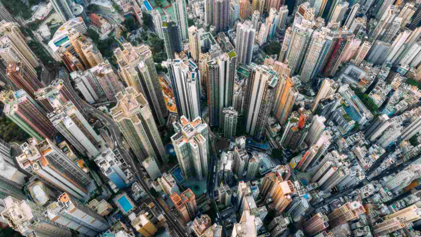 Hong Kong is in technical recessio nas  violence increases