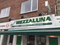 Mezzaluna Pizza