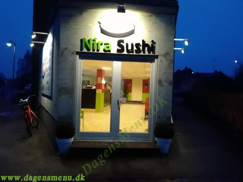 Nira Sushi