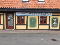 Vores Café & Pizzeria