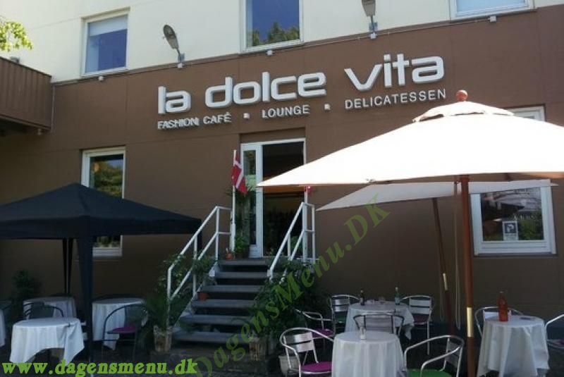 La Dolce Vita Fashion Cafe