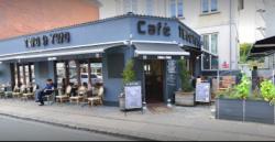 Café Two O Two
