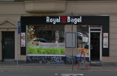 Royal Bagel 2200