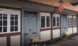 Restaurant Under Lindetraeet